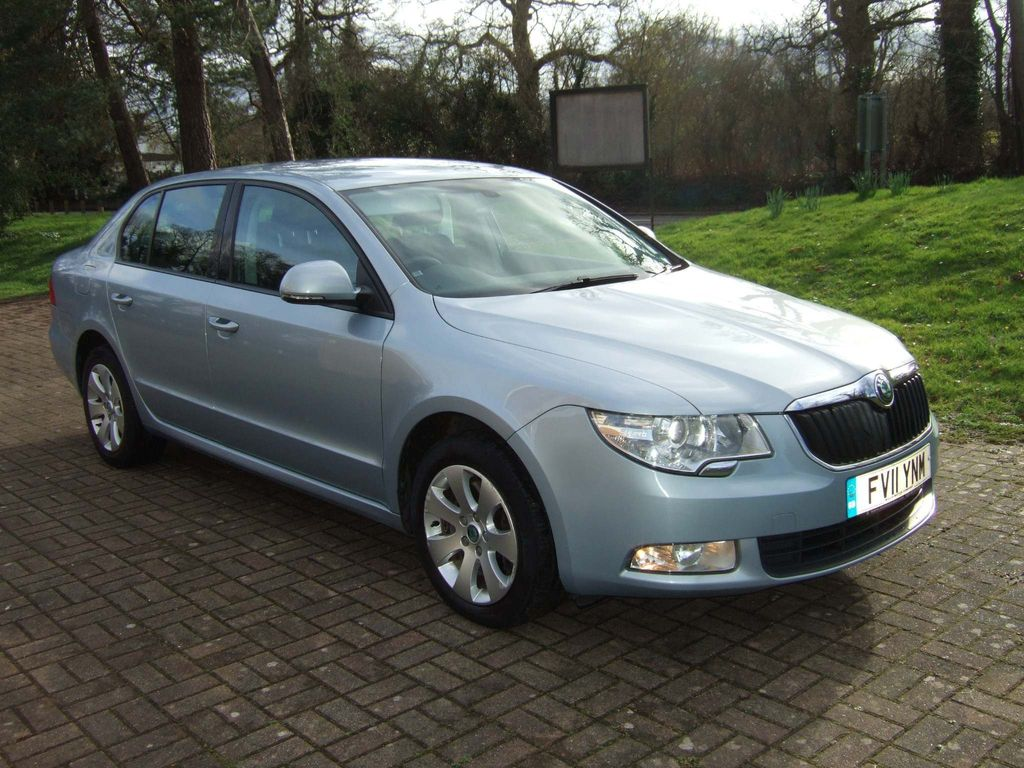 SKODA Superb Hatchback 1.8 TSI S DSG 5dr