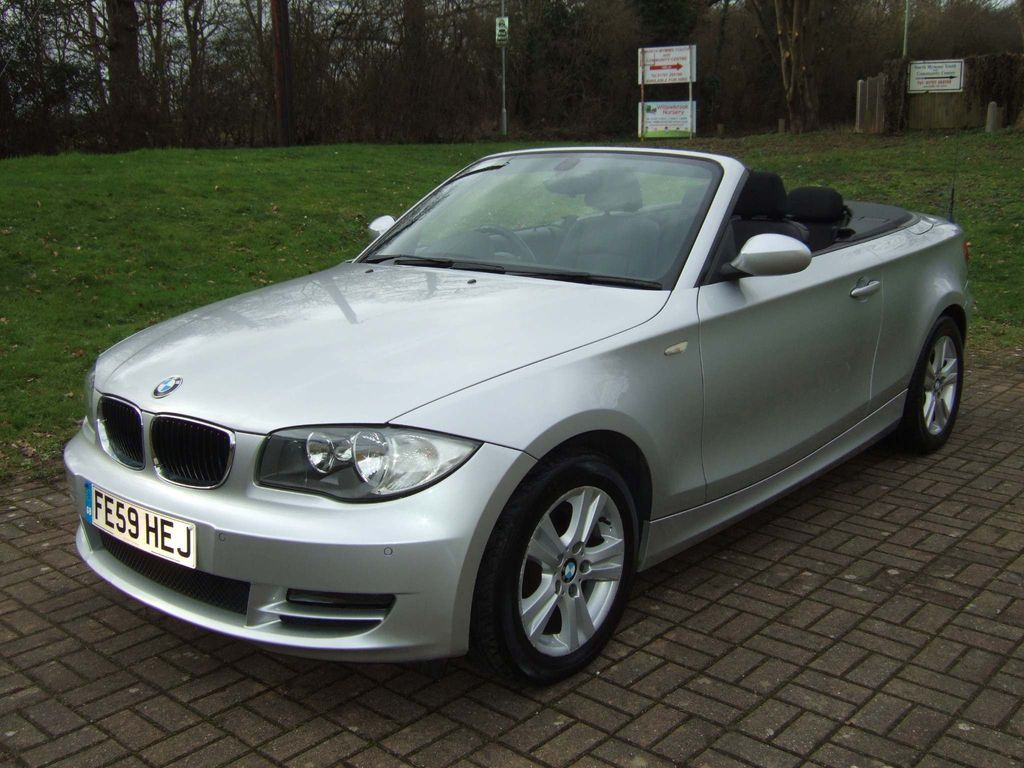 BMW 1 Series Convertible 2.0 118i SE 2dr