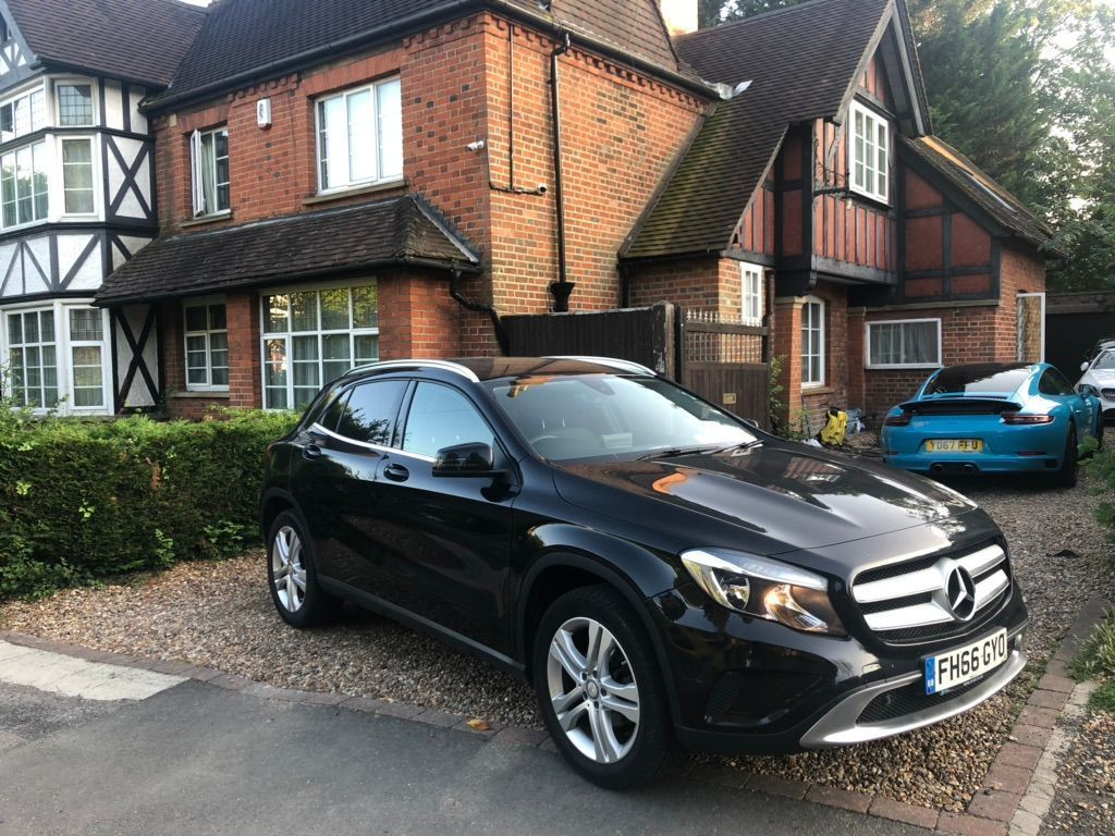 MERCEDES-BENZ GLA CLASS SUV 2.1 GLA200 Sport (Executive) 7G-DCT 4MATIC (s/s) 5dr