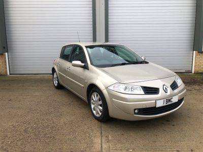 Renault Megane Hatchback 1.6 VVT Tech Run 5dr