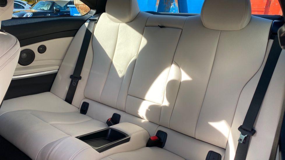 Image 12 - BMW 420d M Sport Coupe (BG17XVO)