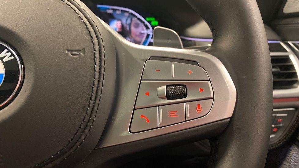 Image 18 - BMW 745Le xDrive M Sport Saloon (YG20OWX)