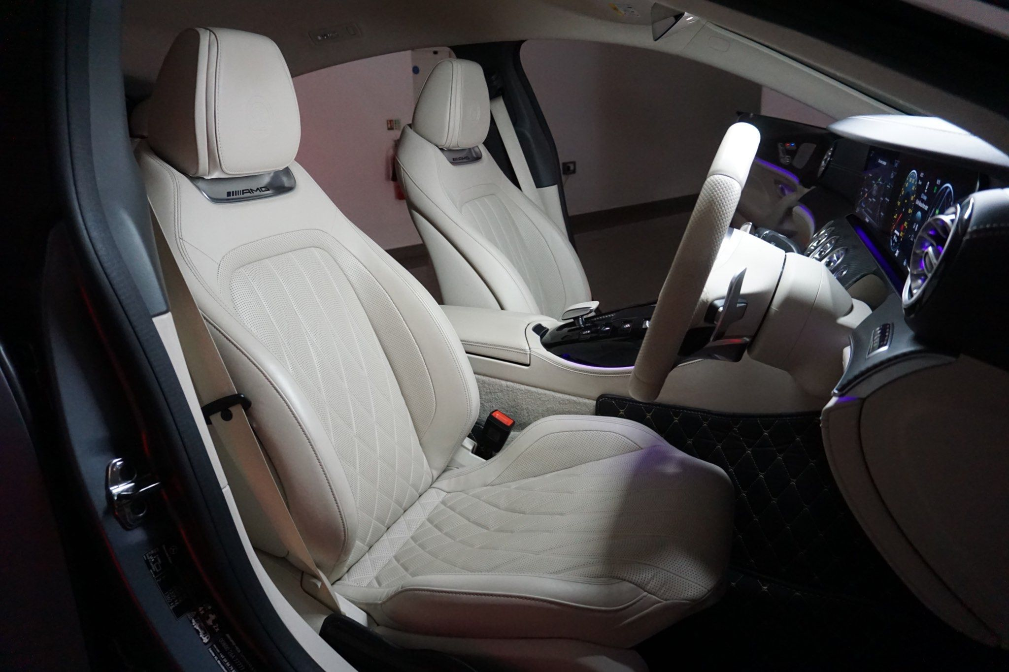 Mercedes-Benz AMG GT 4.0 63 V8 BiTurbo S (Premium Plus) SpdS MCT 4MATIC+ (s/s) 4dr