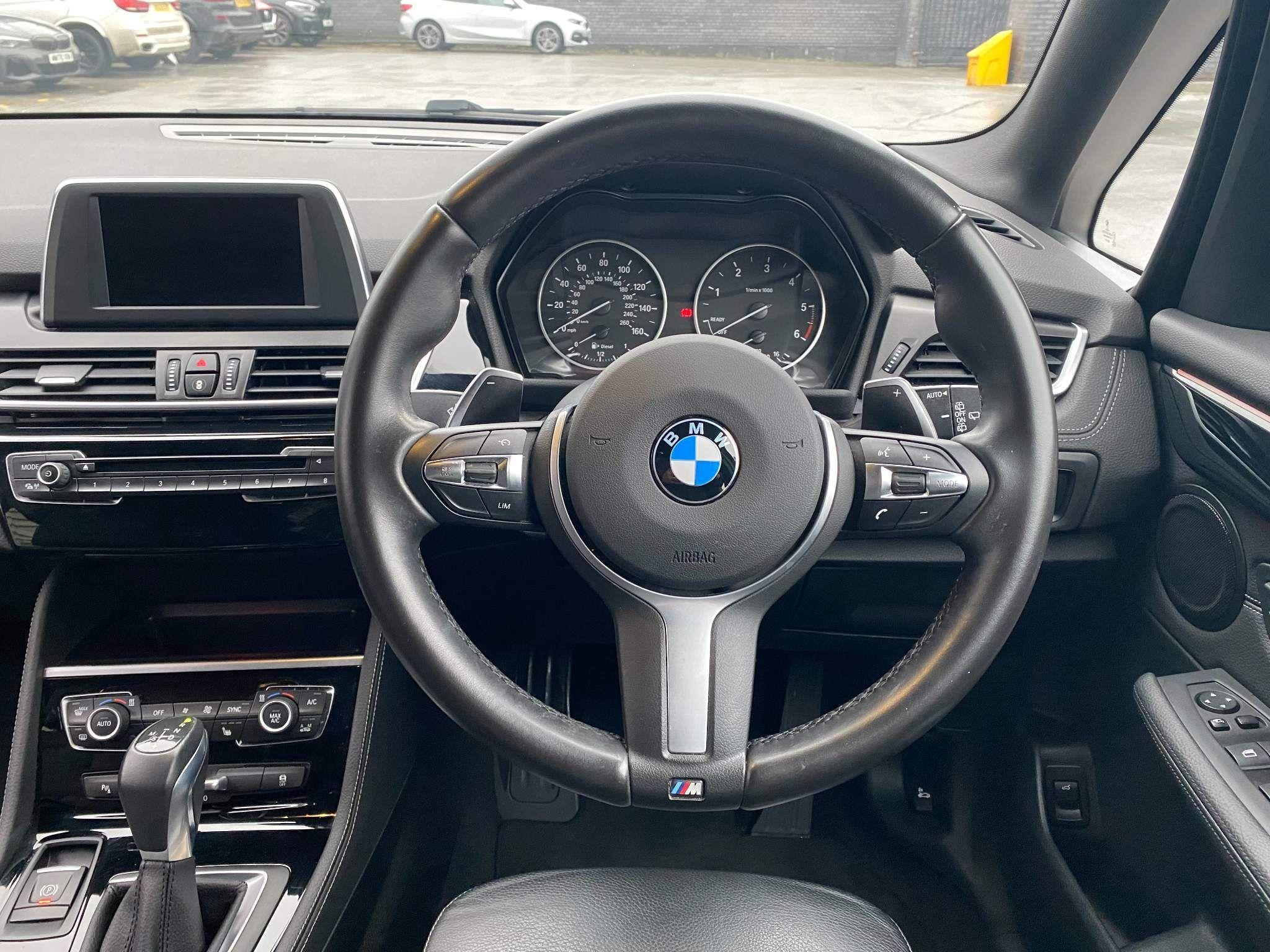 Image 14 - BMW 220d xDrive M Sport Active Tourer (DE67XPO)