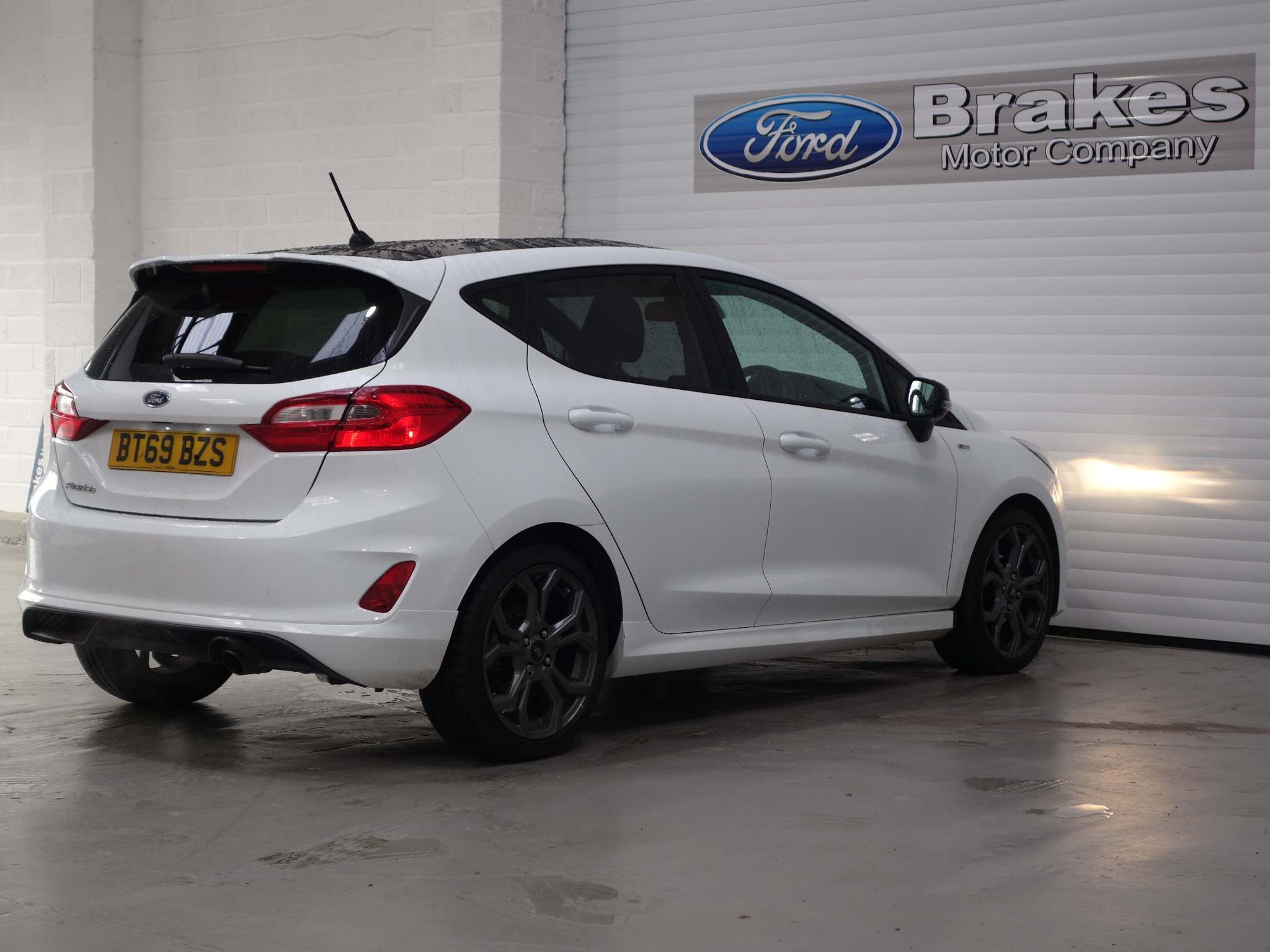 Ford Fiesta 1.0T EcoBoost ST-Line Auto (s/s) 5dr – BT69BZS