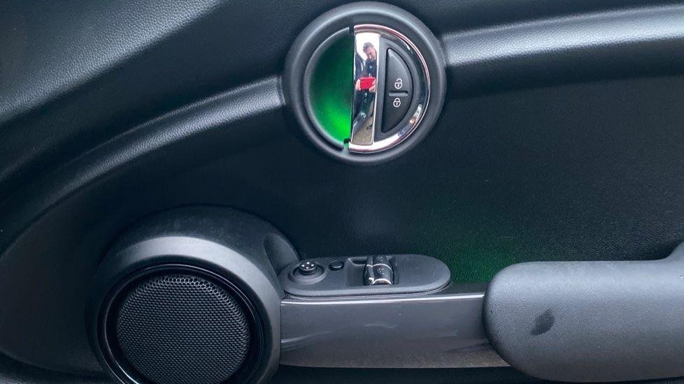 Image 20 - MINI Hatch (WD16VGX)