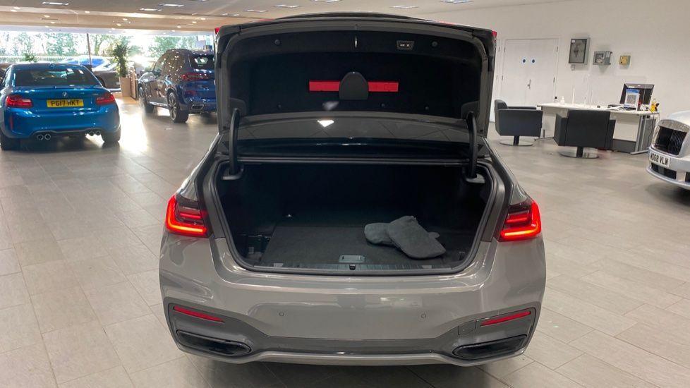 Image 13 - BMW 745Le xDrive M Sport Saloon (YG20OWX)