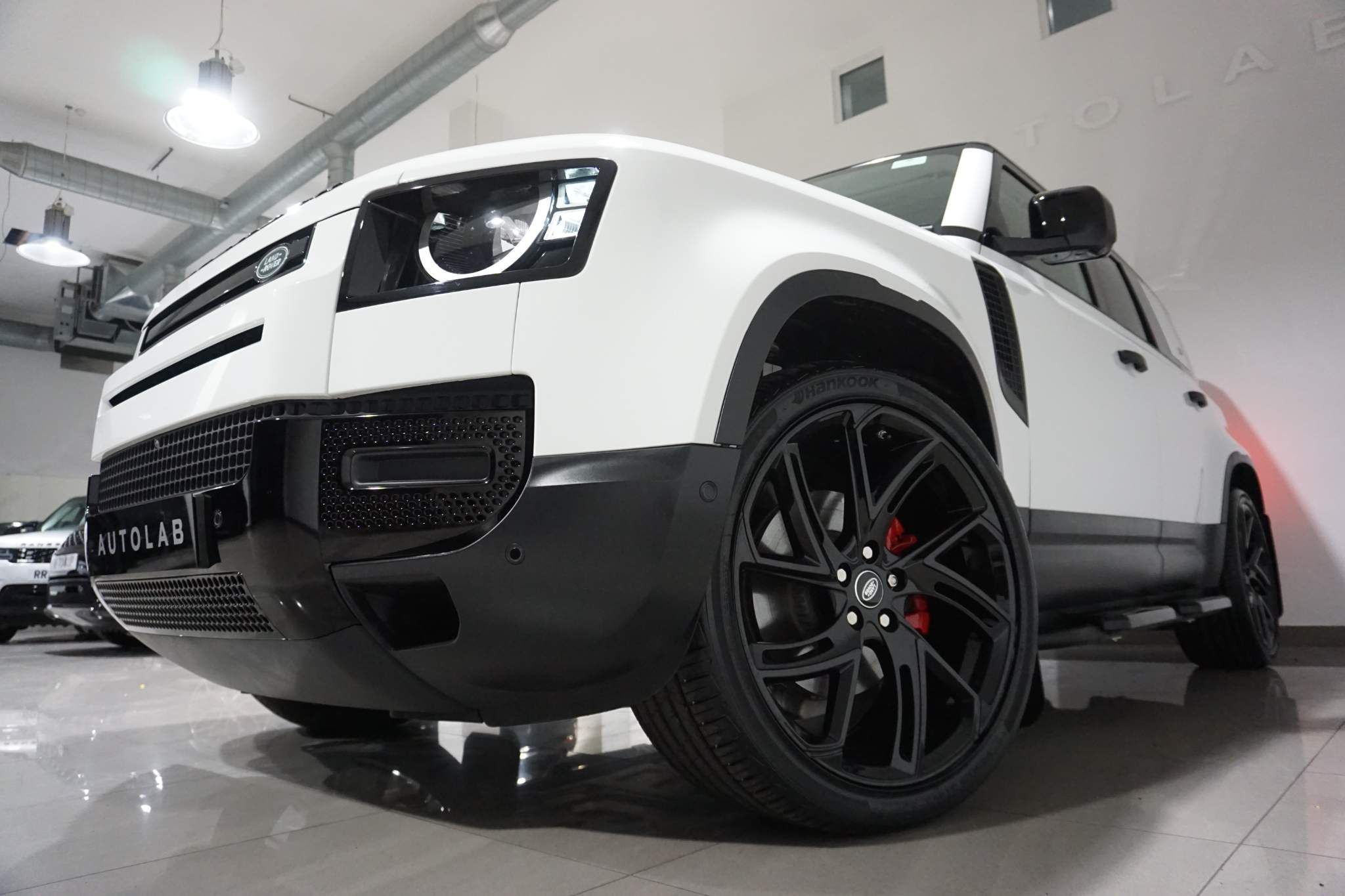 Land Rover Defender 110 2.0 P300 S Auto 4WD (s/s) 5dr