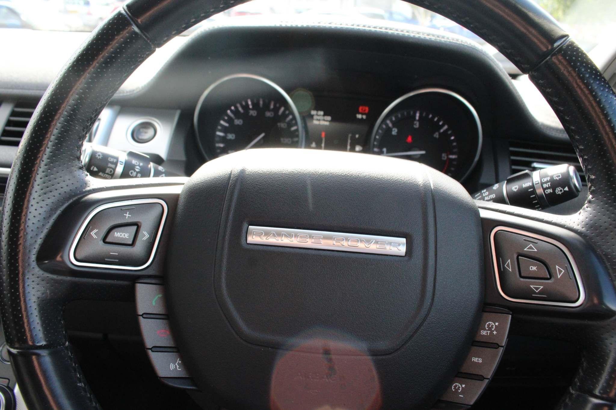 Land Rover Range Rover Evoque Images