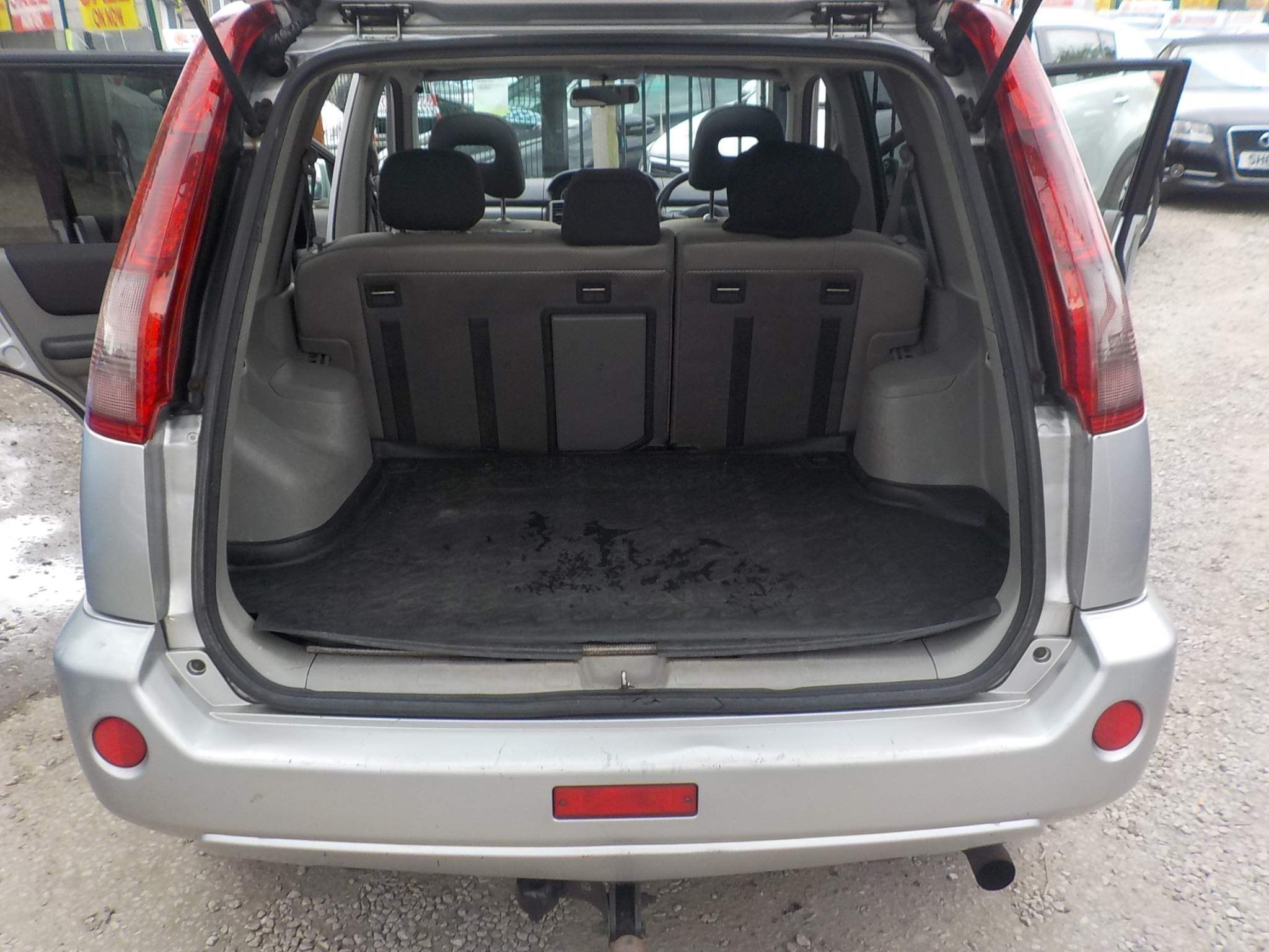 Nissan X-Trail 2.2 dCi Columbia 5dr
