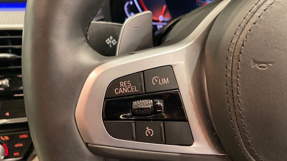 Image 7 - BMW 520d M Sport Touring (YB69DWD)