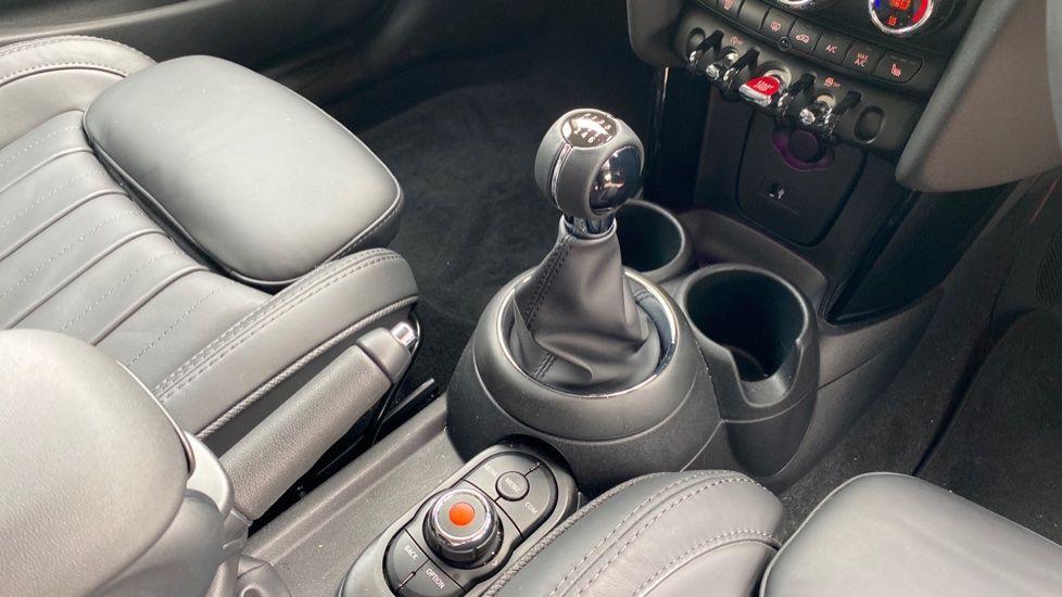 Image 10 - MINI Hatch (DK20JZR)
