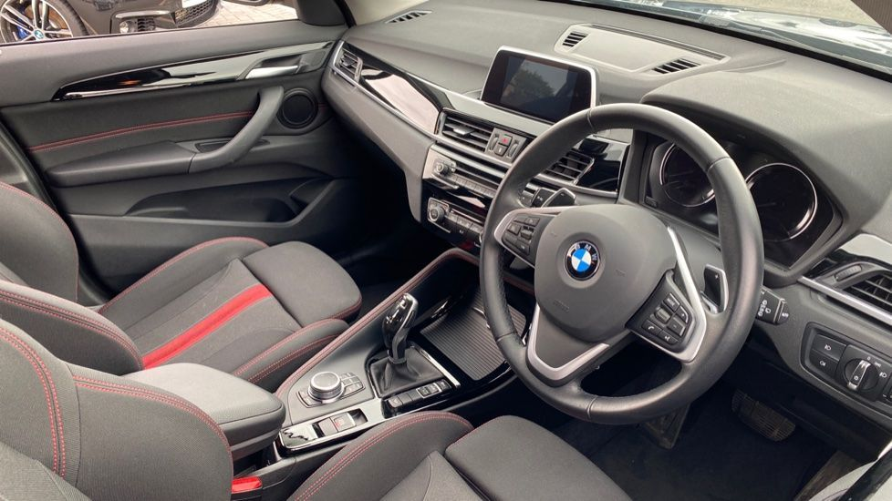 Image 5 - BMW xDrive20d Sport (WL19PCU)
