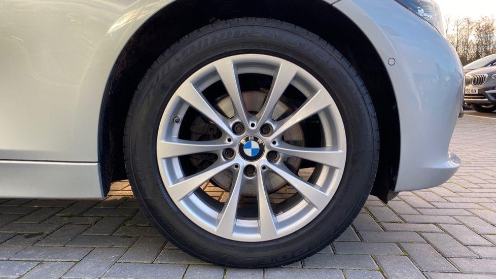 Image 14 - BMW 316d SE Touring (YA18UPK)