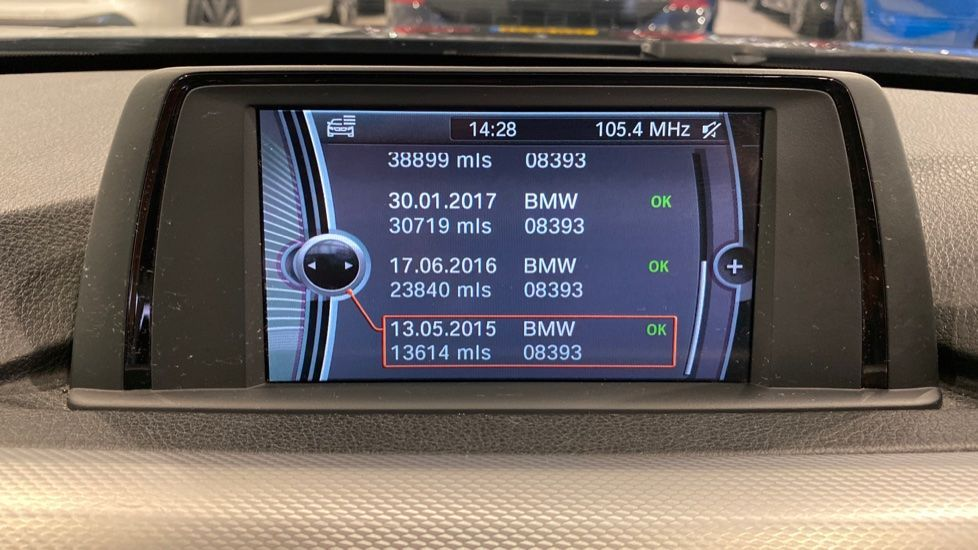 Image 6 - BMW 320d M Sport Saloon (YH13XCG)