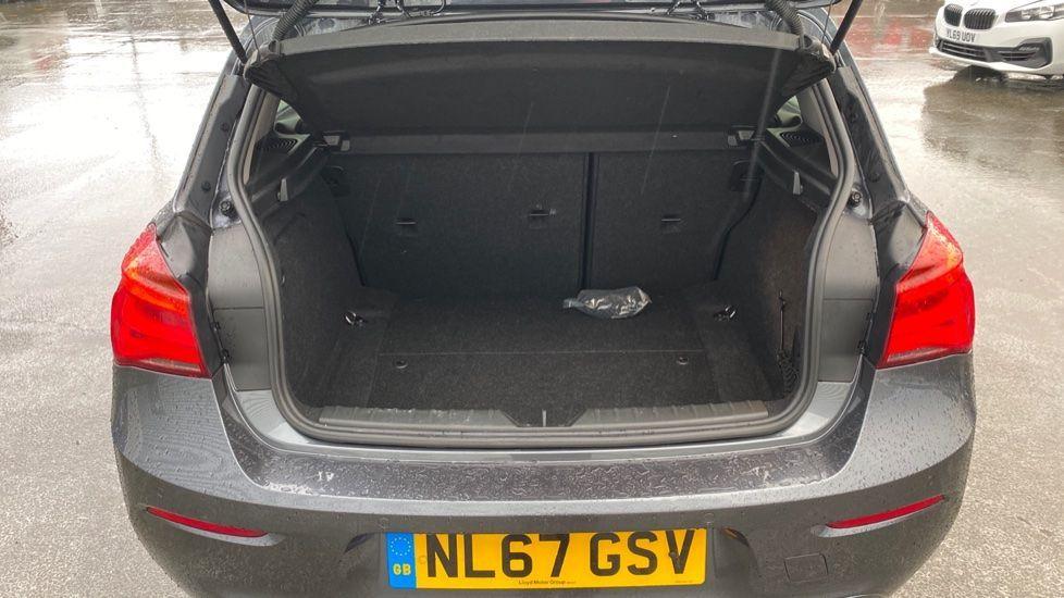 Image 13 - BMW 118d Sport 5-Door (NL67GSV)
