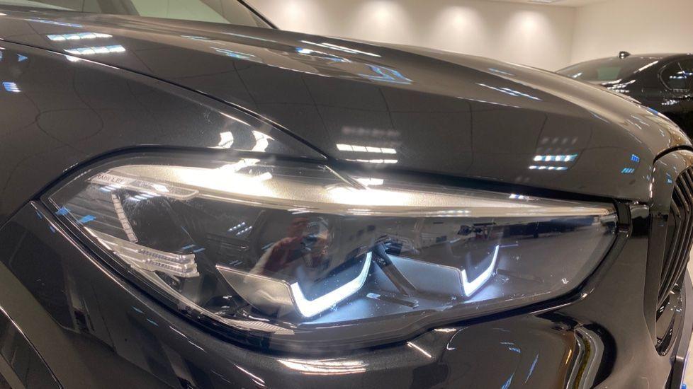 Image 22 - BMW xDrive40i M Sport (YE20DWY)