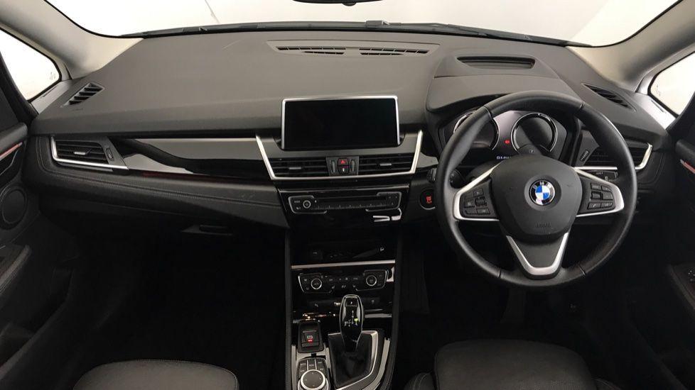 Image 4 - BMW 218i Sport Gran Tourer (YL69HNZ)