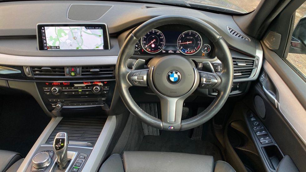 Image 8 - BMW xDrive30d M Sport (MM18CJZ)