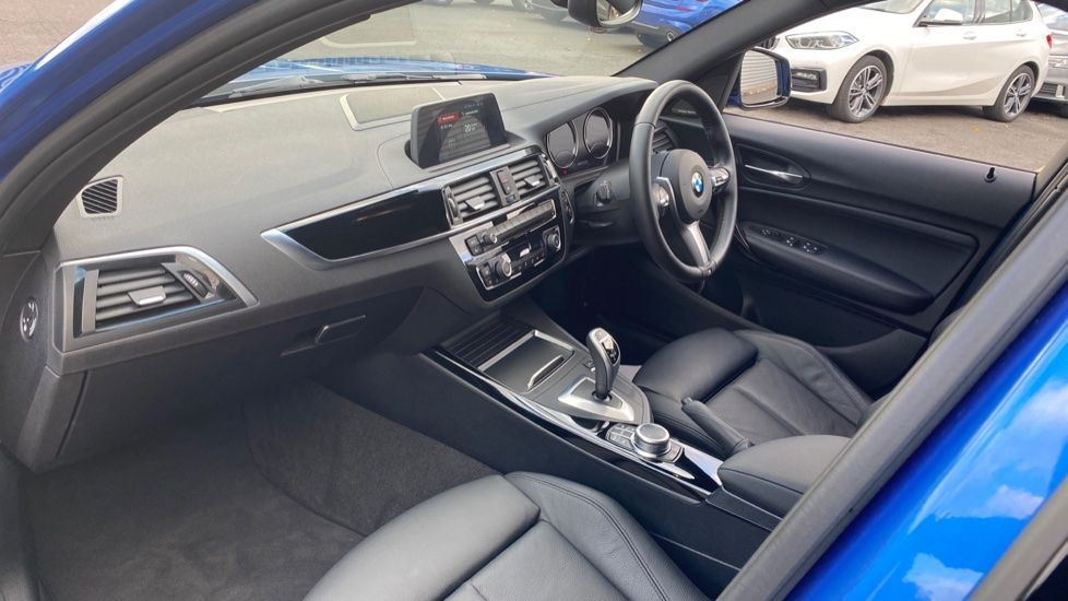 Image 6 - BMW M140i Shadow Edition 5-door (ME19OLM)