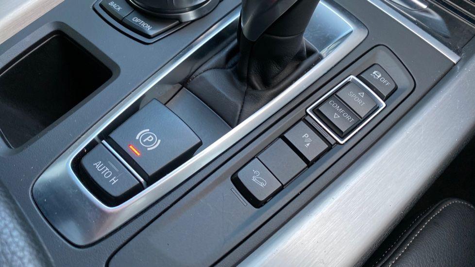 Image 20 - BMW M50d (MA18HPX)