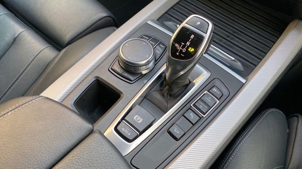Image 10 - BMW xDrive30d M Sport (MM18CJZ)