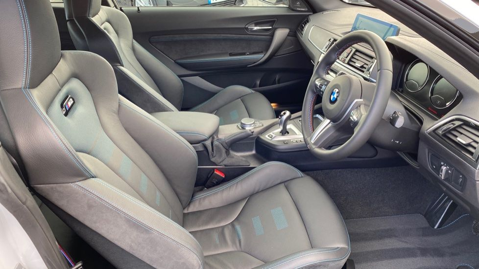 Image 11 - BMW Competition (CX20XPH)