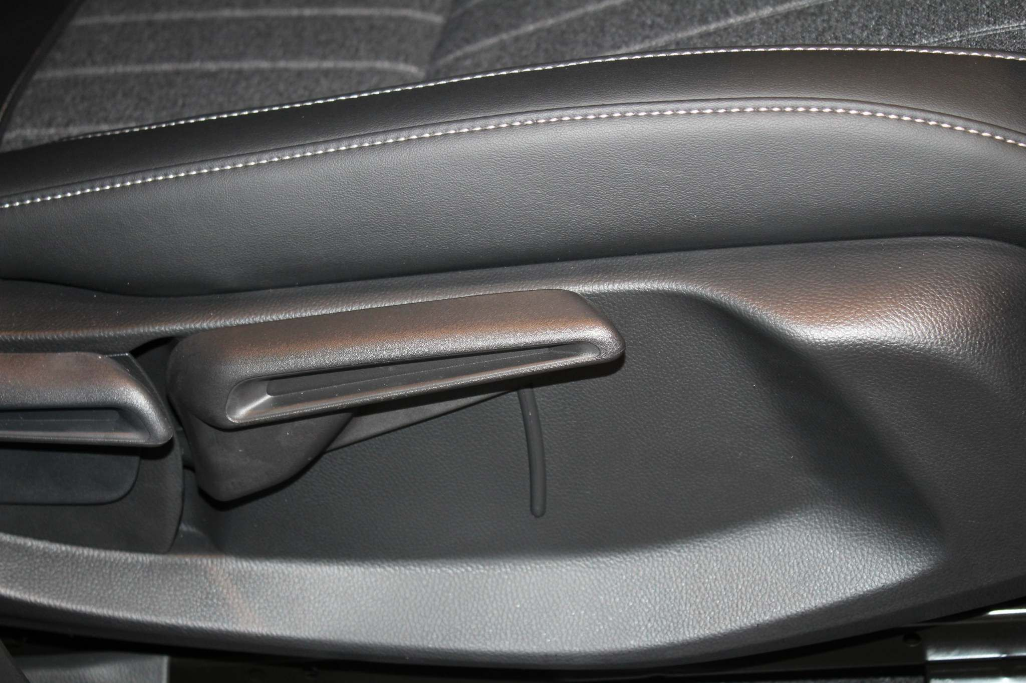 Honda Jazz Hybrid Images