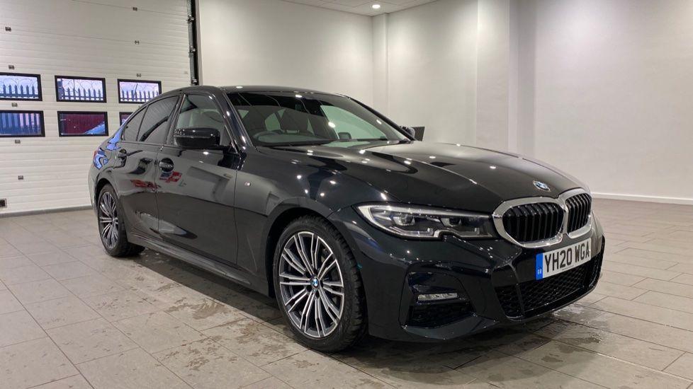 Image 12 - BMW 320i M Sport Saloon (YH20WGA)