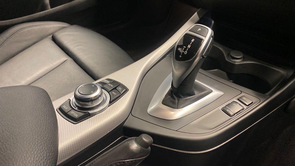 Image 10 - BMW M140i 5-door (PF66BEY)