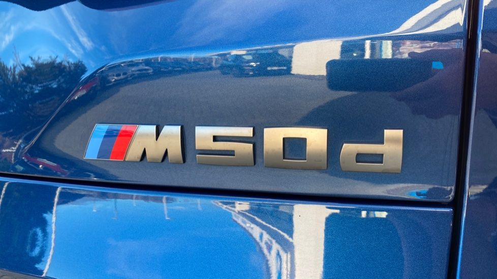 Image 22 - BMW M50d (DG19XKD)