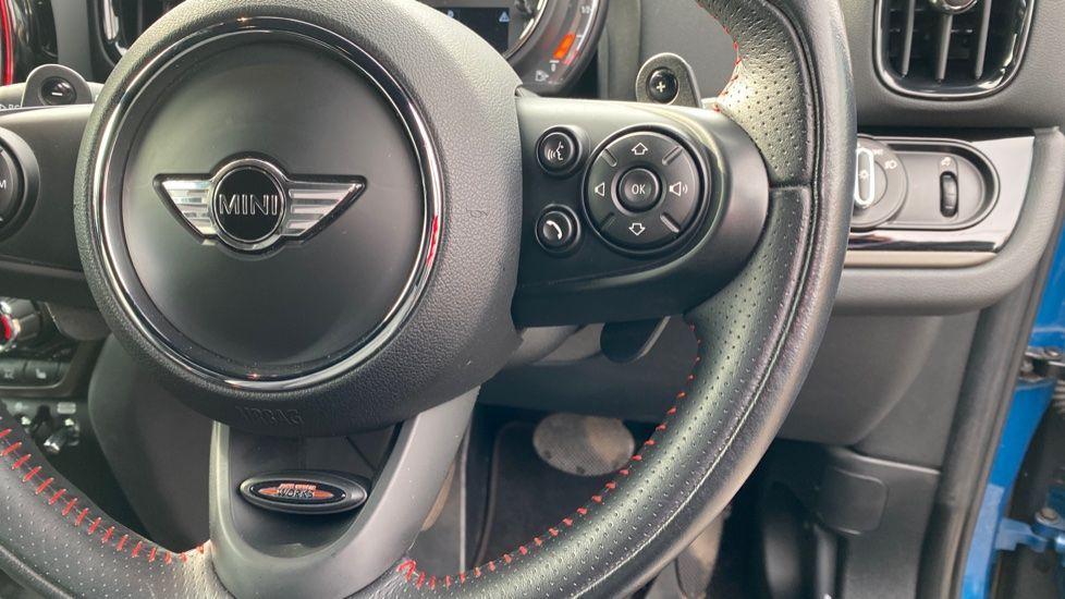 Image 18 - MINI Countryman (MJ18YXG)