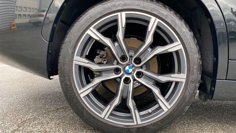 Image 14 - BMW xDrive25e M Sport (MJ20MWM)