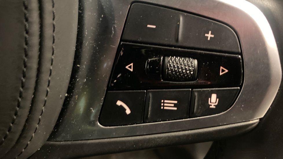 Image 18 - BMW 118i M Sport (YK69JDM)