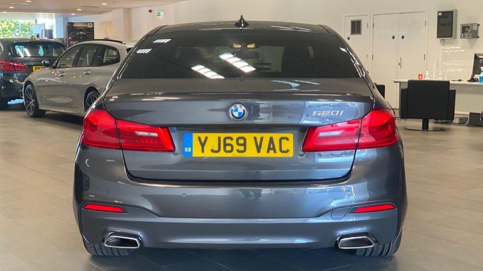 Image 15 - BMW 520i M Sport Saloon (YJ69VAC)