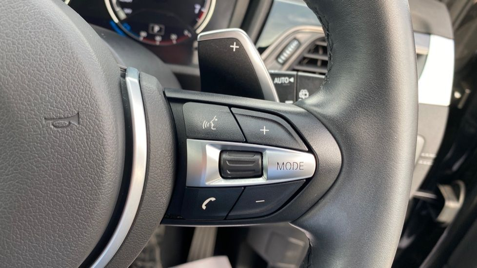 Image 18 - BMW sDrive20i M Sport (MF69HYX)