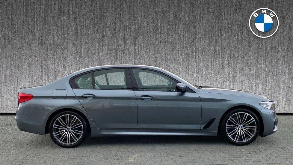 Image 3 - BMW 530d M Sport Saloon (CX20YMU)