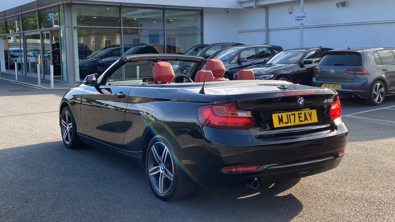 Image 3 - BMW 218d Sport Convertible (MJ17EAY)