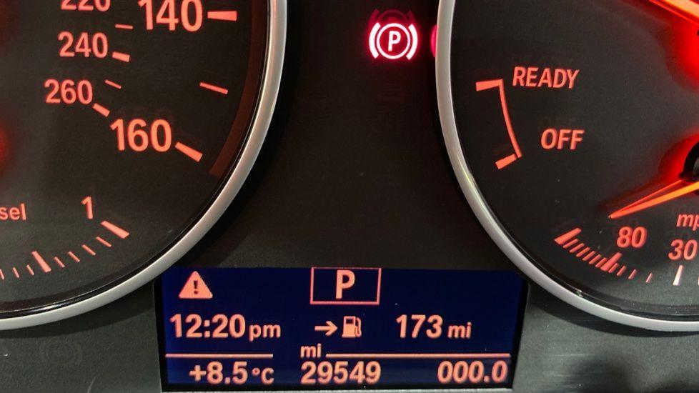 Image 8 - BMW xDrive18d SE (LR67YKY)