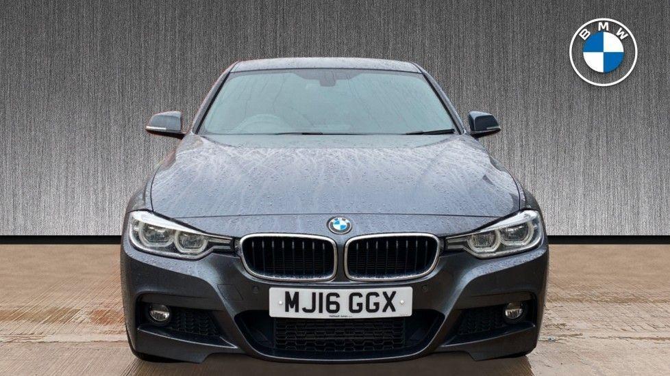 Image 16 - BMW 330d xDrive M Sport Saloon (MJ16GGX)