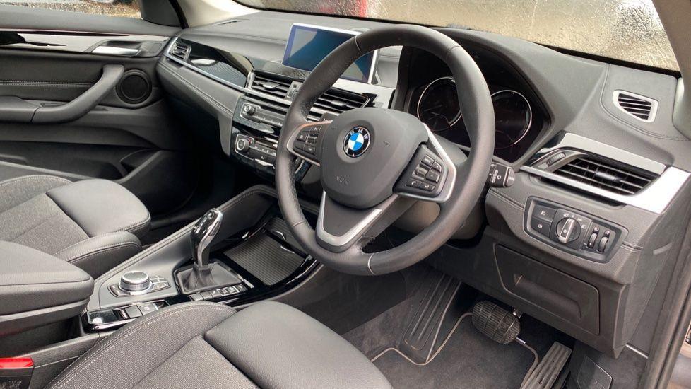 Image 5 - BMW sDrive18i Sport (YH20OYW)