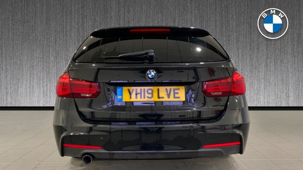 Image 15 - BMW 318d M Sport Shadow Edition Touring (YH19LVE)