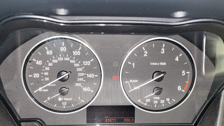Image 9 - BMW 218d Sport Gran Tourer (DA16SXW)
