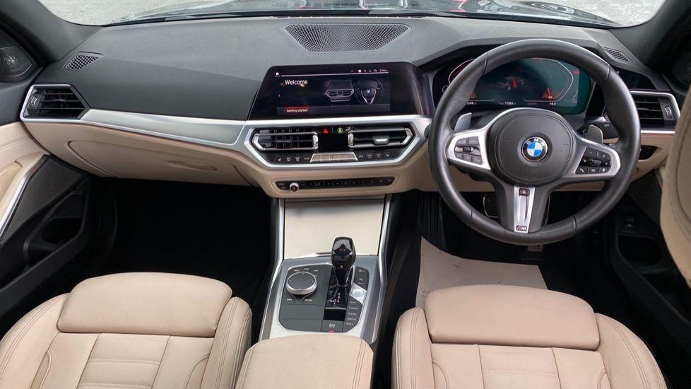 Image 4 - BMW 320i M Sport Saloon (LR19JPO)