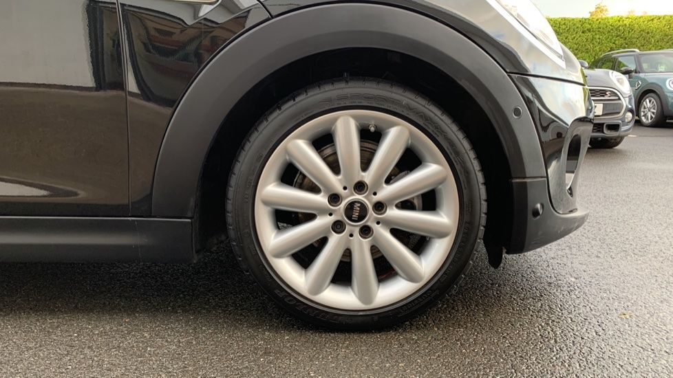 Image 14 - MINI Hatch (CX19JKU)