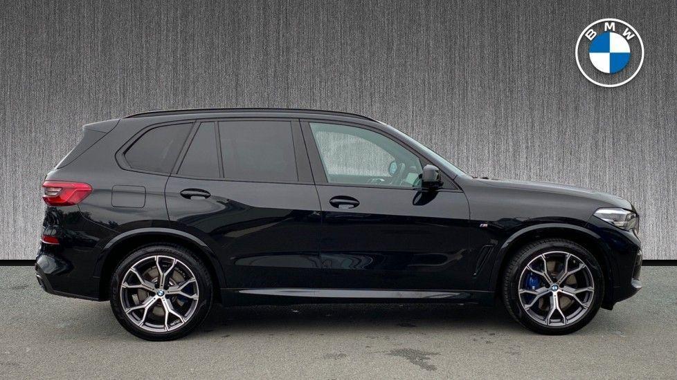 Image 3 - BMW xDrive40i M Sport (YL69YOF)