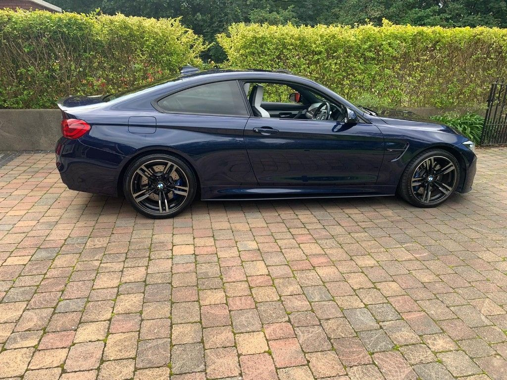 BMW M4 M4 COUPE AUTO PORCELAIN LEATHER SUNROOF