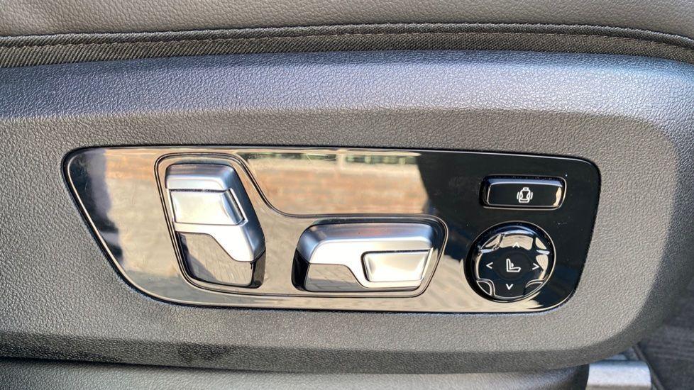 Image 15 - BMW M50d (DG19XKD)