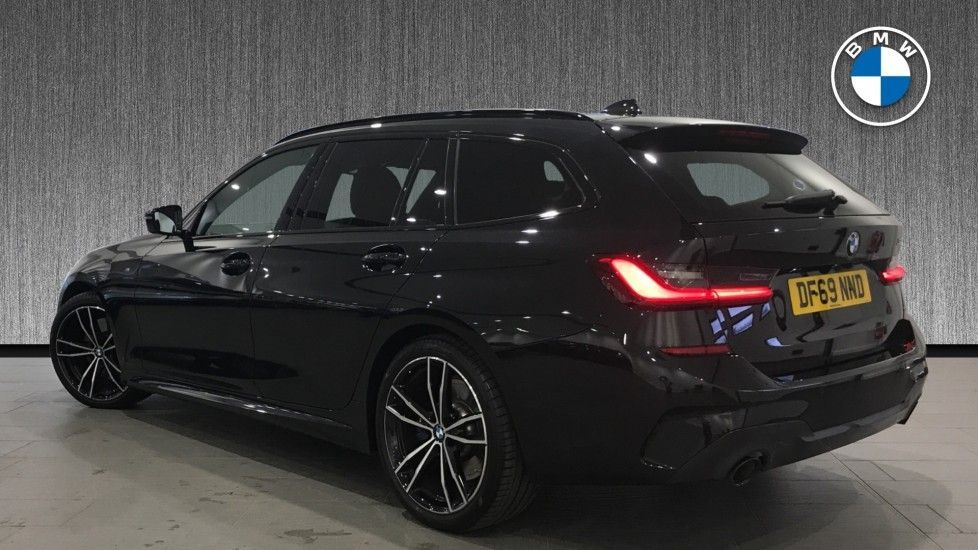 Image 2 - BMW 320d M Sport Touring (DF69NND)