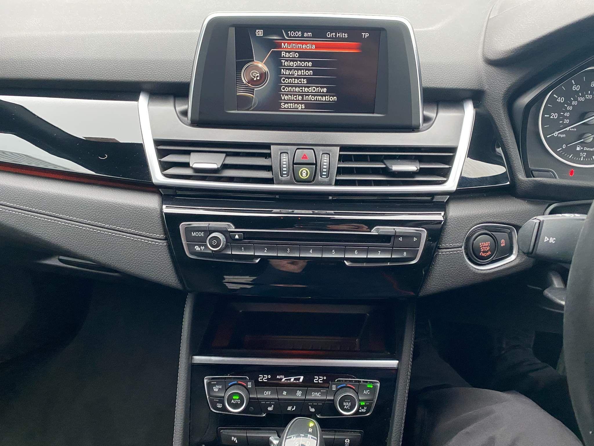 Image 17 - BMW 220d xDrive M Sport Active Tourer (DE67XPO)